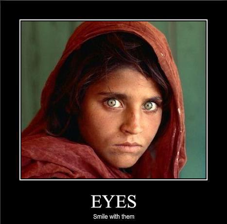 Ögonen sägs vara fönstret till en persons själ. Vackra ögon kan ta en  persons uppmärksamhet eller till och med smälta ett eller några hjärta  ). 5c10daa845f29